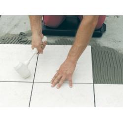 Молотки и шпатель для пристукивания